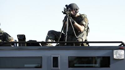 Desfile de poder militar en Ferguson corre la cortina de un fenómeno nac...