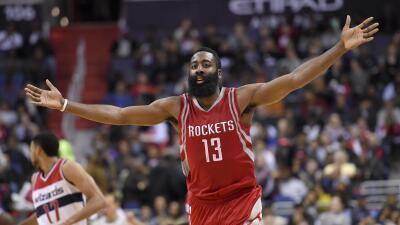 Corey Brewer agregó 15 puntos y Patrick Beverly puso 14