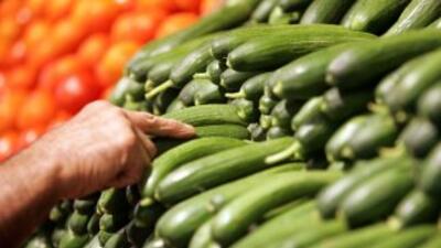 La dieta vegana incluye verduras, frutas, granos y legumbres.