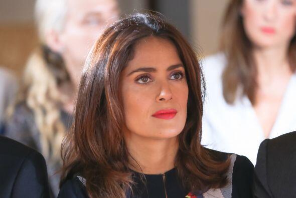 Durante la presentación, la actriz mexicana estuvo muy al pendiente de l...