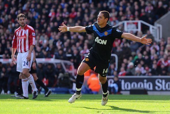 Javier ponía el partido 0-1 para el Manchester United.