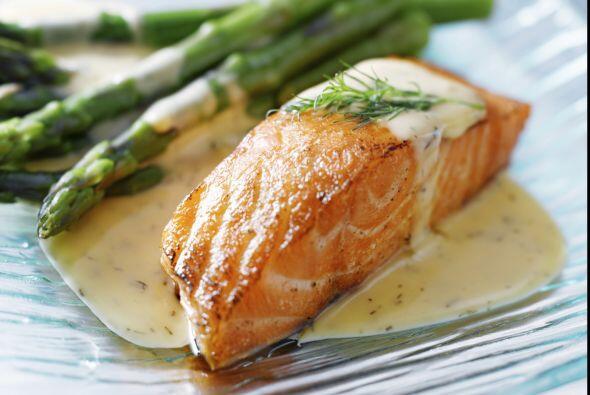 Si incorporas salmón a tu dieta tendrás una gran fuente de omega 3.