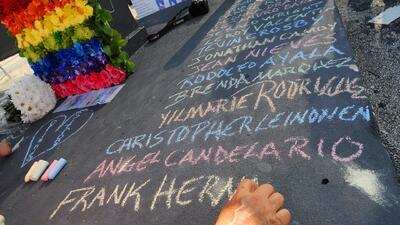 Sentido homenaje a las víctimas del tiroteo en el Pulse de Orlando dos años después de la tragedia