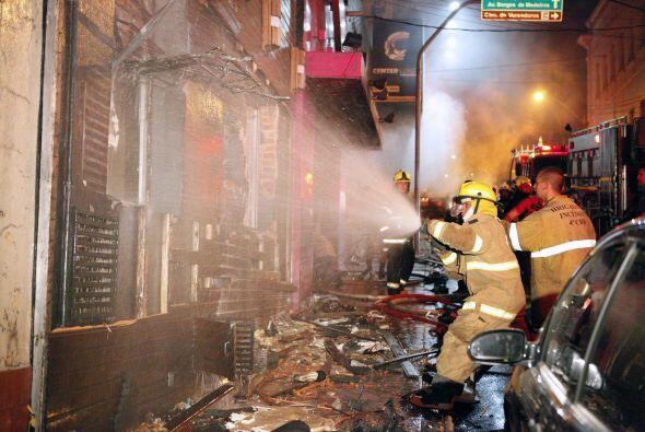 2. El 27 de enero un incendio en un club nocturno en Santa María, en el...