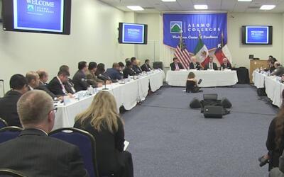 Foro de líderes en San Antonio a favor del TLC con México