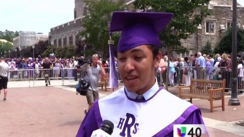 Ex-NC6 cumple su sueño de graduarse de la secundaria Riverside en Durham