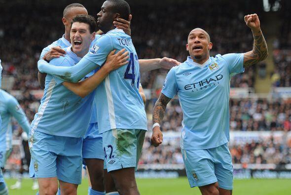 El jugador del Manchester City permitió que su club siga en la punta del...