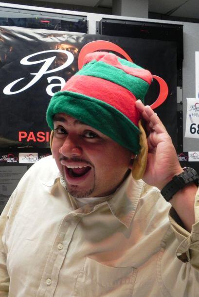 El DJ Victor Cerda de Pasión 106.7 FM quiere estar muy pendiente...