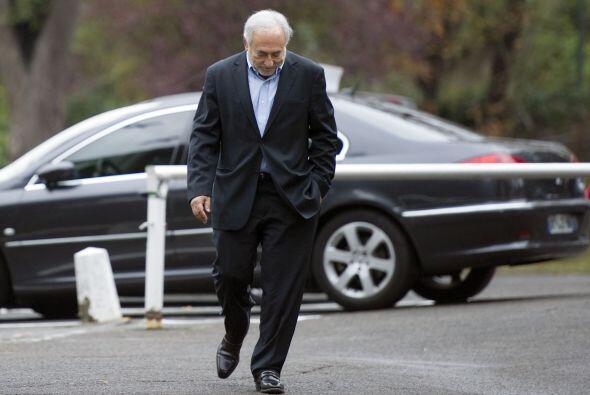 4 de septiembre de 2011: Strauss-Kahn regresa a París. Dos semanas despu...