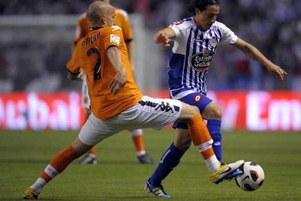 El mexicano Andrés Guardado trató de ayudar a su club pero sus ausencias...
