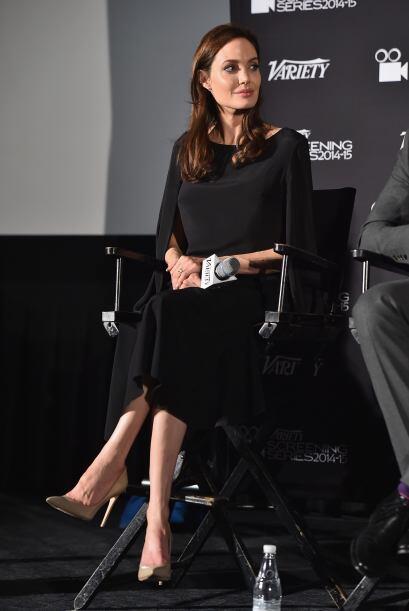 Angelina le mandó un mensaje al público explicando que no podrá asistir...