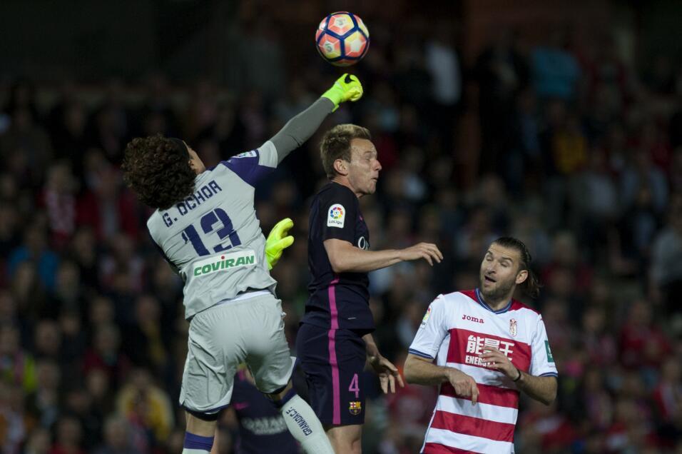 Neymar alcanzó los 100 goles con Barcelona GettyImages-663821452.jpg