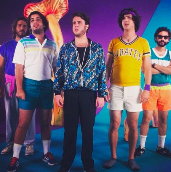 """El video musical de su primer sencillo """"Ay, Ay, Ay"""" fue dirigi..."""