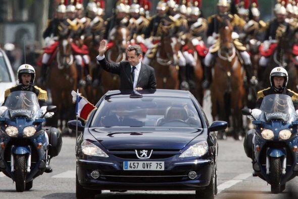 Francia: El presidente Nicolás Sarkozy también apuesta por los fabricant...