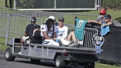 """El WR tuvo que salir del campamento en el """"carrito de las desgracia..."""