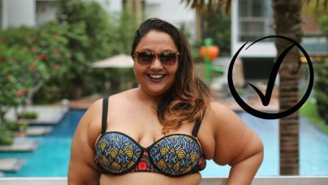 La bloguera demandó que sus fotos en bikini fueran restablecidas...