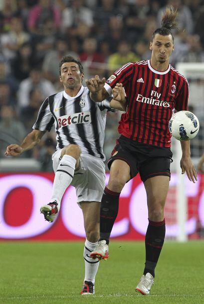 Zlatan Ibrahimovic hace años jugó con el cuadro de Turín, al que ahora e...