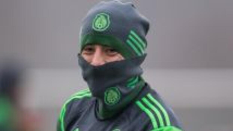 La Seleccón Mexicana se prepara en el frio para su duelo ante Bielorrusia.