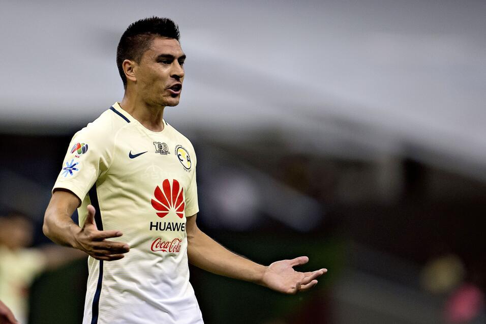 Suspenden a Mauricio Pinilla por insultar y golpear a árbitro 20161018_4...