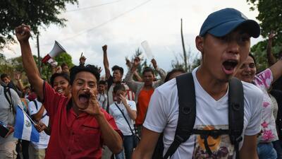 En fotos: La caravana de inmigrantes por la que Donald Trump ordenó militarizar la frontera