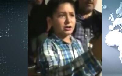 Niño hispano da lección de tolerancia y enfrenta a activista antiinmigra...