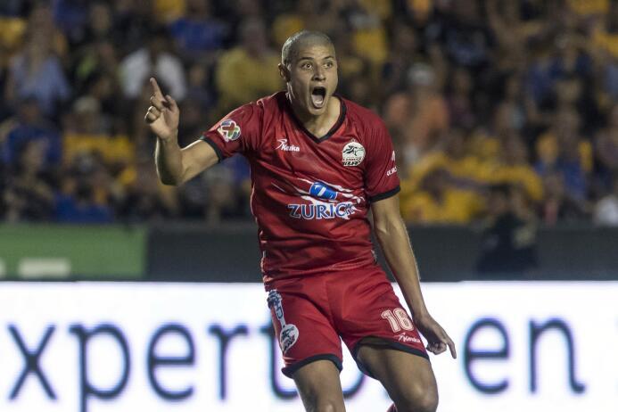 De la mano de Eduardo Vargas, Tigres derrotó a Lobos BUAP Gol Alfonso Sa...