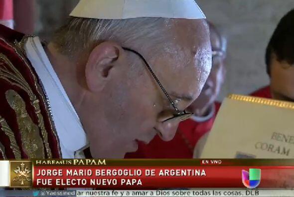 Al contrario, Bergoglio se destaca por su austeridad. Pese a ser el prim...