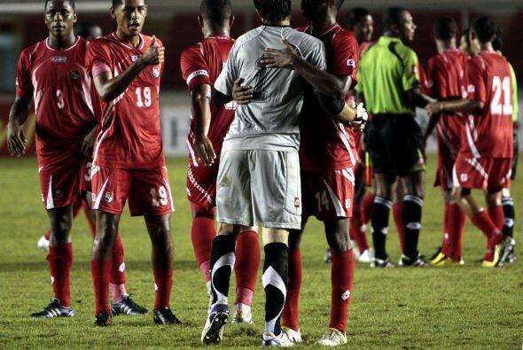La selección de Honduras sufrió en su visita a Panamá y se llevó una der...