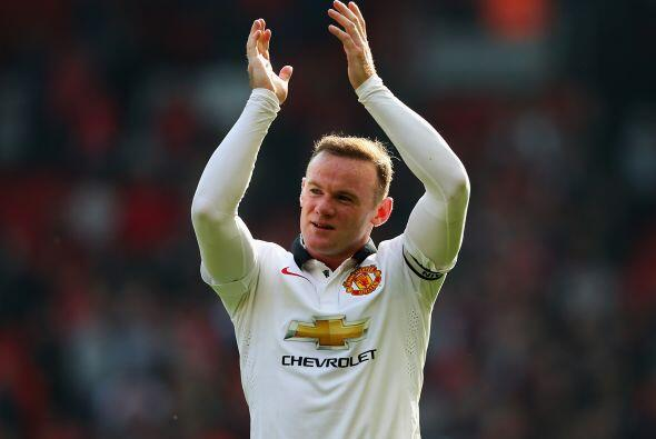 Wayne Rooney, jugador del Manchester United, percibió en la temporada pa...