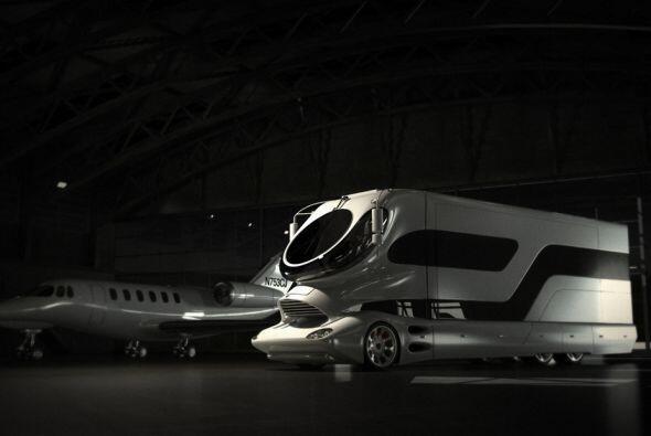 Para mover este enorme vehículo, se utilizó un motor de 510 caballos de...