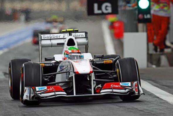 Pérez fue sancionado en dos ocasiones, lo que le hizo perder 20 segundos.