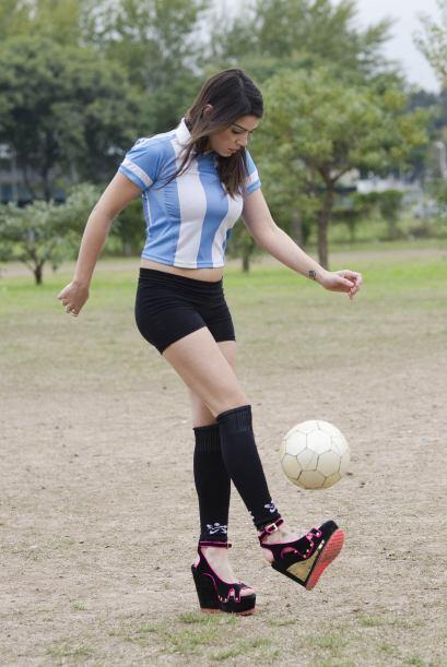 Sus jugadores argentinos favoritos son Diego Maradona, por excelencia, y...