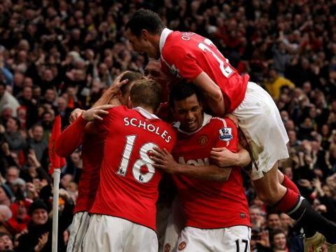 Manchester United superó al Manchester City 2 a 1 y quedó...