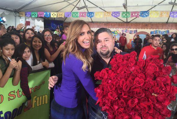 Sin embargo, las flores eran en realidad un regalo para Lili Estefan.