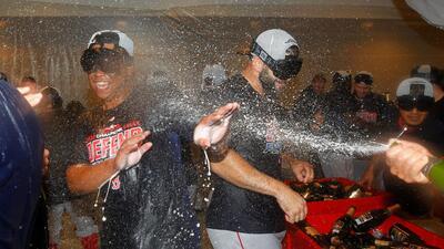 En fotos: Los Boston Red Sox ganan el banderín del Este de la Americana en Yankee Stadium