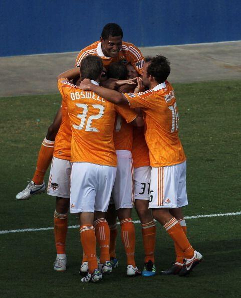 Tras numerosos intentos a lo largo de la temporada 2011, Houston Dynamo...