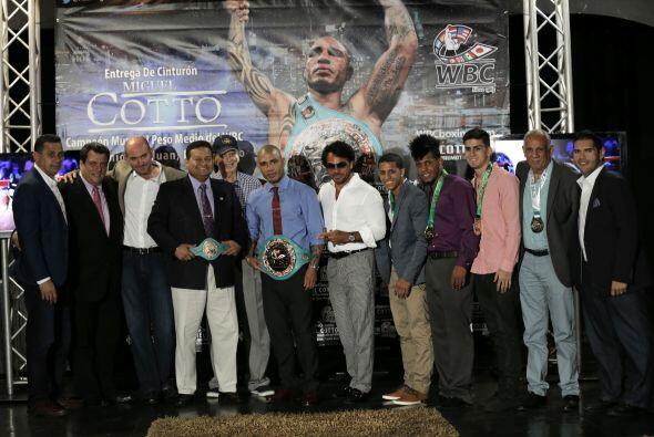 Varios boxeadores boricuas acompañaron a Cotto(Foto: Cotto Promotions)