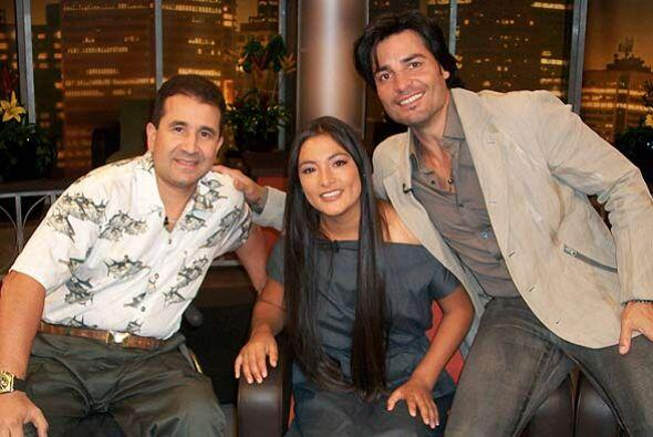 El cantente estuvo acompañado de Magaly Solier y Juan Carlos Alcaraz, do...