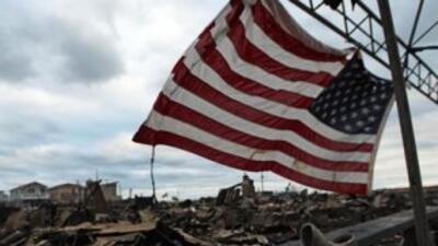 Sandy impactó en 18 estados y el Distrito de Columbia, mató a 56 persona...