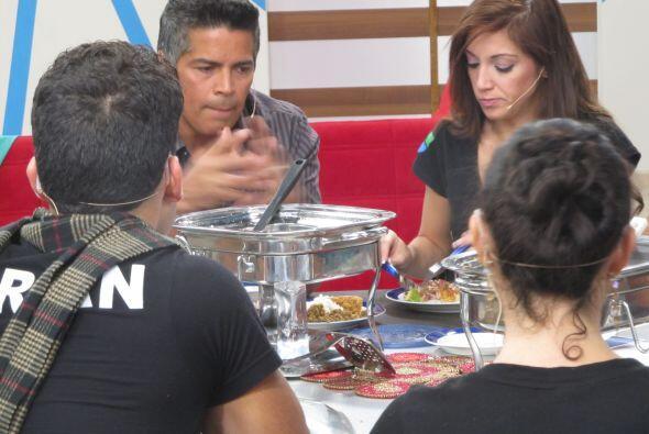 Esai Morales compartió un almuerzo colombiano y Mateo fue el encargado d...