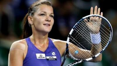La polaca quiere defender su título de Tokyo ante Petrova.