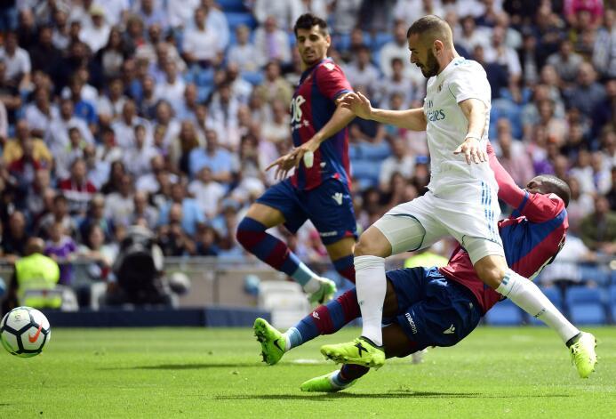 Real Madrid no superó a la barrera azulgrana del Levante en la Liga de E...