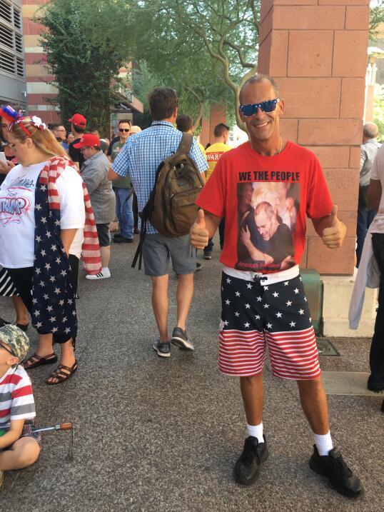 En Arizona, un Trump rabioso le demuestra a su base que sigue siendo el...
