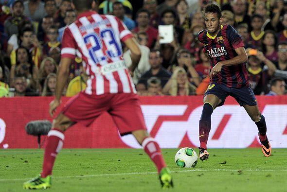 Neymar luchó cada pelota que pudo, pero se nota que aún le hace falta to...