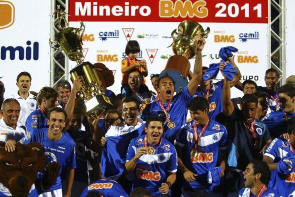 En otro gran clásico, el Cruzeiro se impuso a su máximo ri...