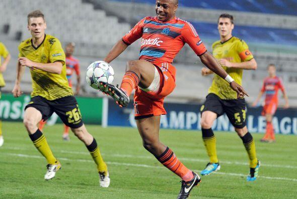 El Olympique de Marsella también se enfrentó a un equipo alemán, el Boru...