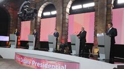 Los cinco candidatos a la presidencia de México durante el primer debate...