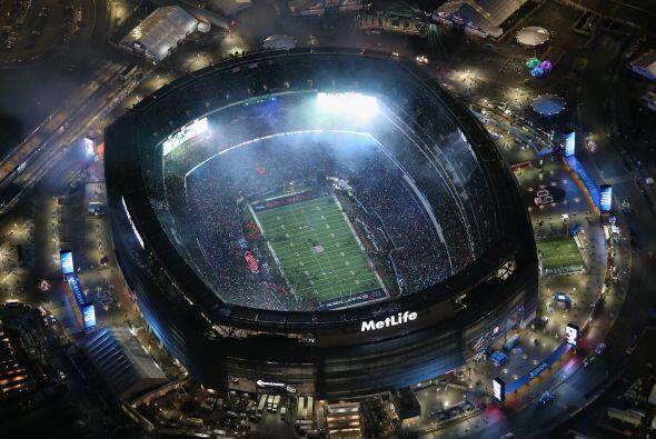 El Super Bowl engalanado anualmente con estrellas de talla internacional...