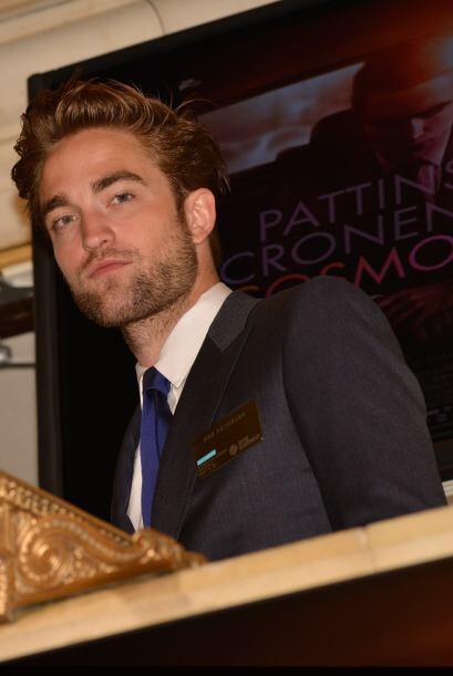 Robert Pattinson nos enseñó que los vampiros barbones también se ven bien.
