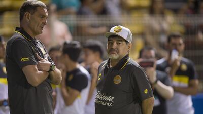 Debut de Maradona no fue el imán que se esperaba en taquilla